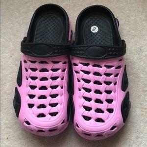 01801cff4f5240 CROCS Shoes - croc lookalikes NWT
